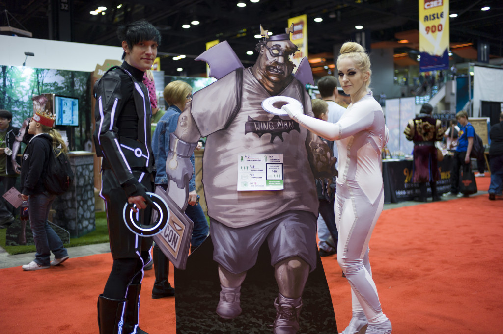 tron cosplay with zomicbook guy at c2e2